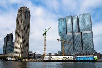 Montevideo and De Rotterdam in Rotterdam (kleur) van Erwin van Leeuwen