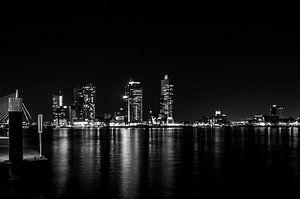 De Skyline van Rotterdam-Zuid.  In het  zwart-wit stijl
