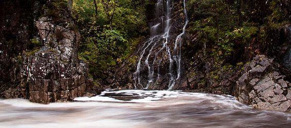 Waterval in Glencoe, Schotland
