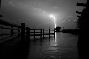 Onweer boven de Palendijk van