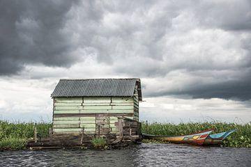 Wonen aan het water in een groen huis op Borneo | Indonesië van Photolovers reisfotografie