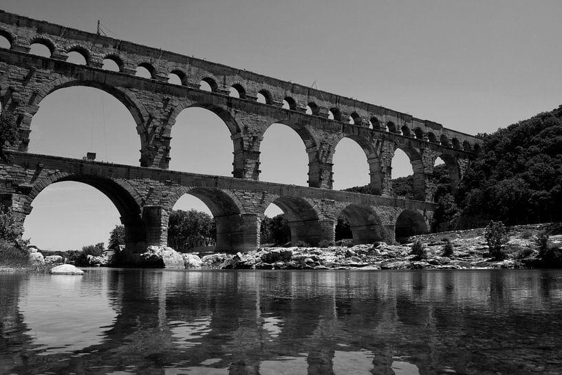 Pont-du-gard van Dennis Robroek