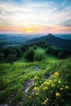Kasteel Hohenzollern bij zonsondergang vanaf de Zeller Horn. In de buurt van Hechingen in Baden-Würt van Daniel Pahmeier