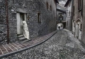 Pittoresk Italiaanse straatje van Marcel van Balken