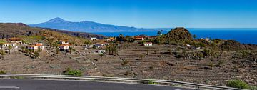 Blick auf El Teide aus dem Süden La Gomeras von Easycopters