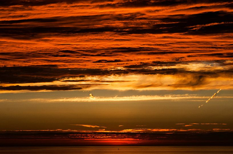 Zonsondergang met prachtige kleuren van Anita Hermans