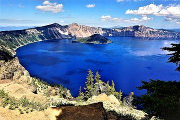 Deep Blue Crater Lake van Xaverius Van den berg