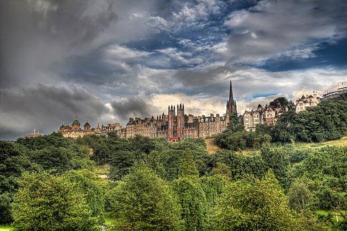 Uitzicht op Edinburgh in Schotland van Jan Kranendonk