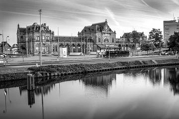Station Groningen, Hoofdstation (zwart-wit) von Klaske Kuperus