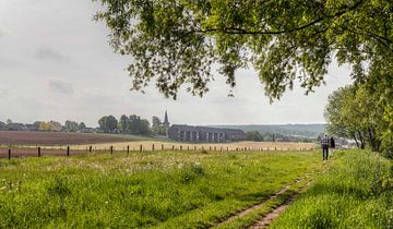Dorpje Mechelen in Zuid-Limburg van John Kreukniet