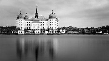 Schloss Moritzburg in schwarz-weiß von Henk Meijer Photography