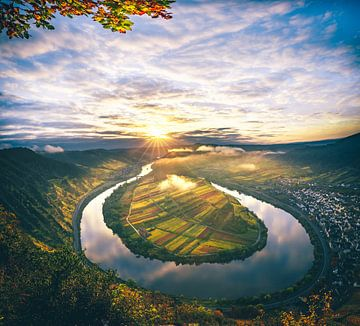 Landschapsbeeld van de Moezellus in de ochtend van Fotos by Jan Wehnert