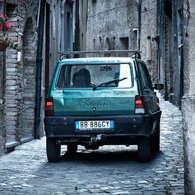 Fiat Panda in steeg van @ GeoZoomer