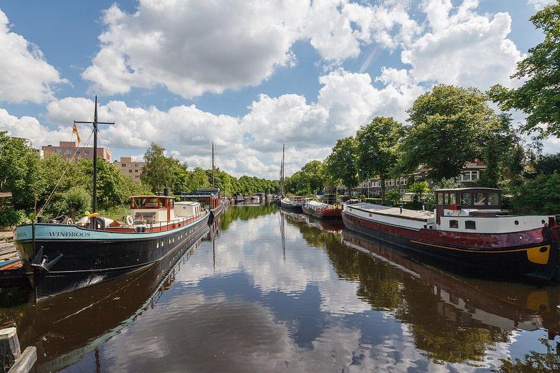 Het Reitdiep in Groningen, Nederland van Martin Stevens