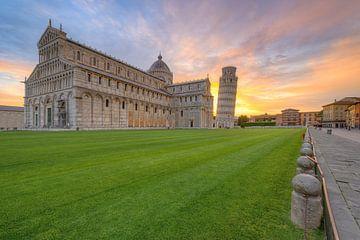 Pisa Sonnenaufgang von Michael Valjak