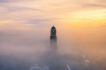 Zwolle im Nebel von Thomas Bartelds