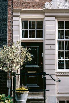 Haustür eines Grachtenhauses in Amsterdam von Manon Galama