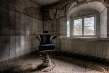 Doktersstoel van Perry Wiertz