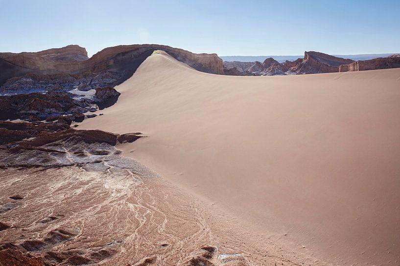 Landschap van de Atacama-woestijn nabijgelegen San Pedro de Atacama, Antofagasta-gebied, Chili van Tjeerd Kruse