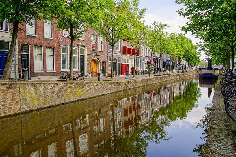 Gracht in Delft van Dirk van Egmond