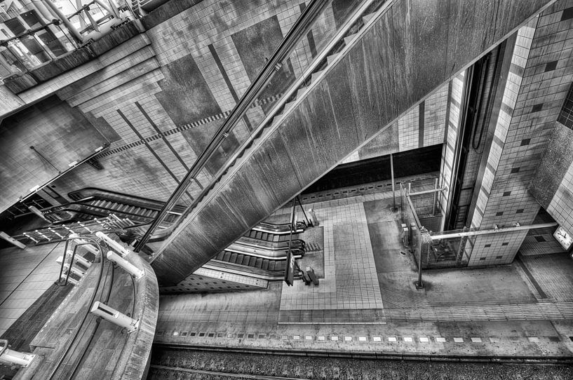 Escher in Rotterdam van Esther Seijmonsbergen