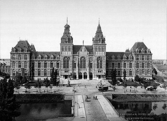 Rijksmuseum Amsterdam - vintage zwart-wit foto gezien vanaf de Stadhouderskade van Roger VDB