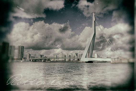 Erasmusbrug Rotterdam - Oude Foto
