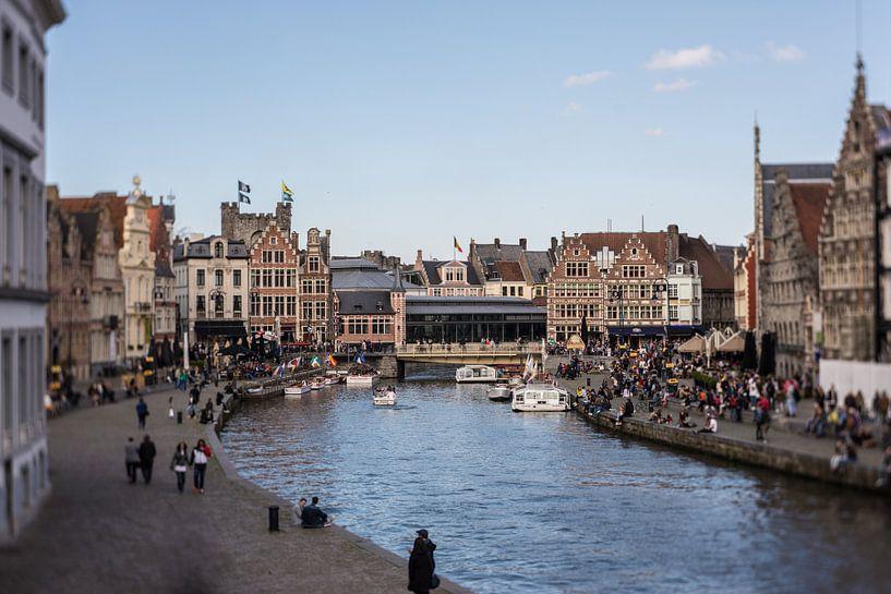 Op wandeling in Gent II van Ronald De Neve