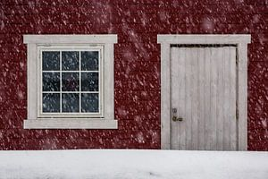 Noors hutje in de sneeuw - Vesterålen, Noorwegen
