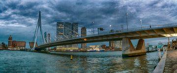 Erasmusbrug Rotterdam van John van Weenen