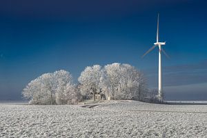 Windmolen bij boerderij