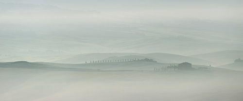 Een landschap in pasteltinten tijdens de Toscaanse ochtend van iPics Photography