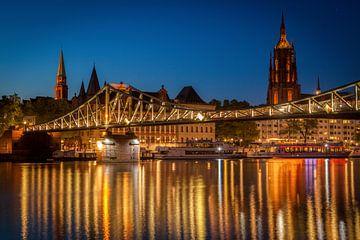 LPH 71308164 Brücke über den Fluss bei Sonnenuntergang, Frankfurt, Deutschland von BeeldigBeeld Food & Lifestyle