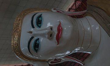 Bahan: Chaukhtatgyi Boeddha tempel van Maarten Verhees