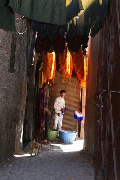 Teinture la laine Marrakech sur Inge Hogenbijl