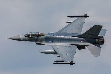F-16 van de Koninklijke Luchtmacht in het zonlicht van Arjan van de Logt