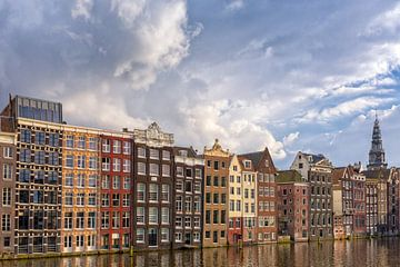 Cloudy Damrak - Amsterdam van