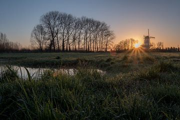 Le moulin du soleil levant sur Moetwil en van Dijk - Fotografie