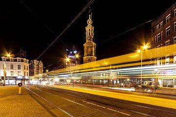 Tram 9 steekt het Muntplein over van Stephan Neven