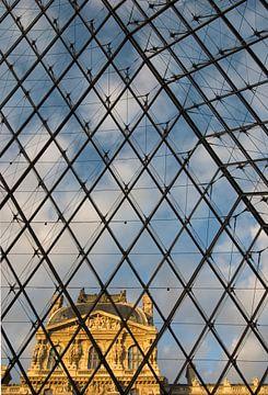Musée du Louvre, oud vanuit nieuw van Björn Massuger