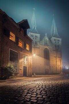 Bergkerk van Deventer in de avond #2 van Edwin Mooijaart