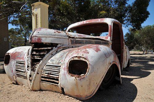 Desert wreck van