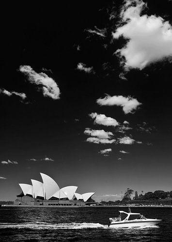 Mit Blick auf das Sydney Opera House