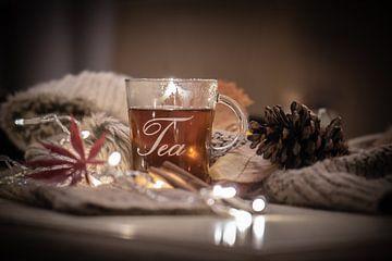 kopje thee na een koude wandeling van Tania Perneel