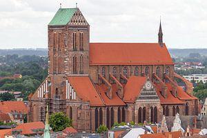 Luftaufnahme von der St.Nikolai Kirche in der Hansestadt Wismar