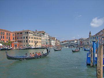Gondels in Venetie von