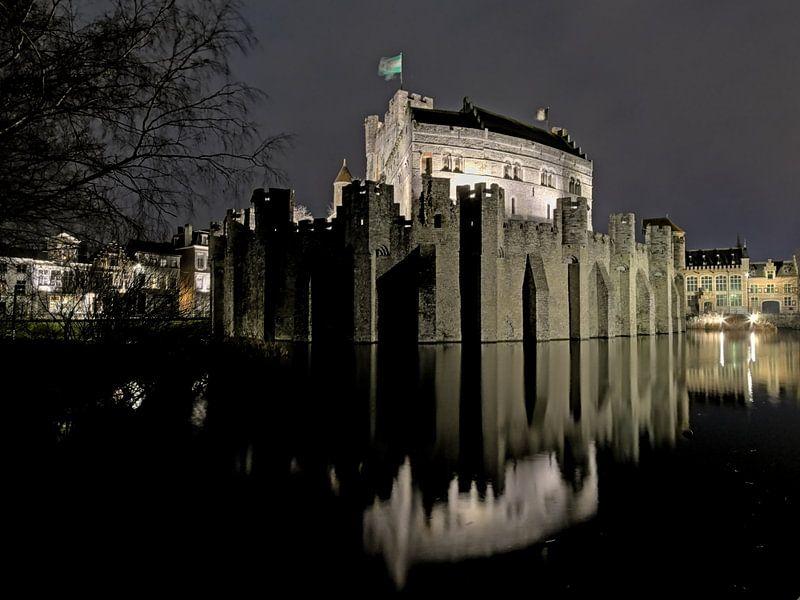 Le Château des Comtes la nuit, Gand sur Kristof Lauwers