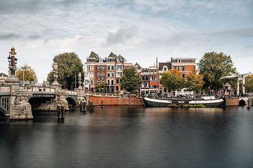 Blaue Brücke über die Amstel, Amsterdam von Lorena Cirstea