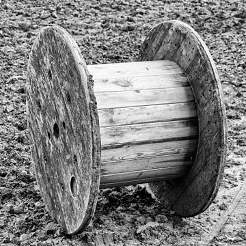 Stabile Kabelrolle aus Holz von Klaartje Majoor