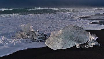Felsen aus Eis von Timon Schneider